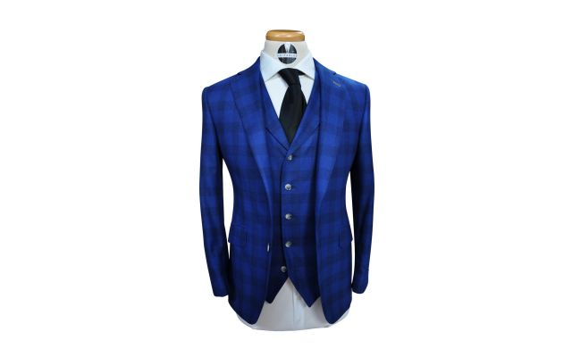 Blue Blurry Checkered Suit